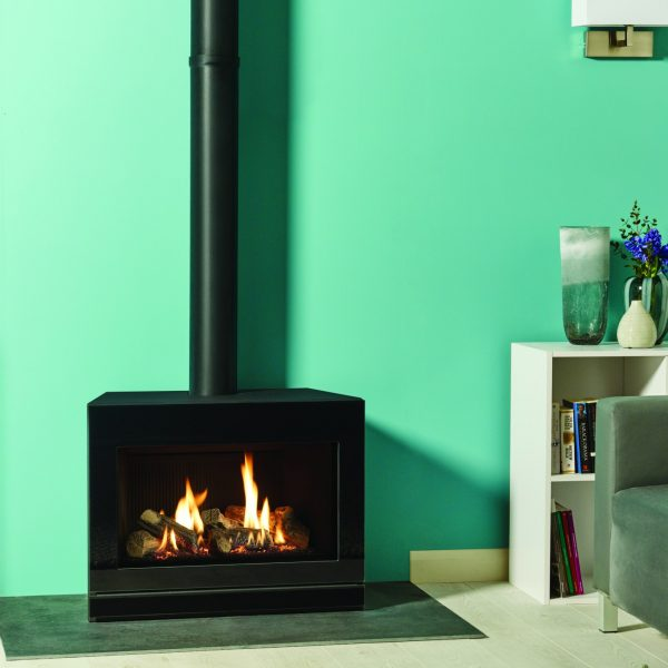 gazco riva2-f670-glass-with-black-reeded-lining